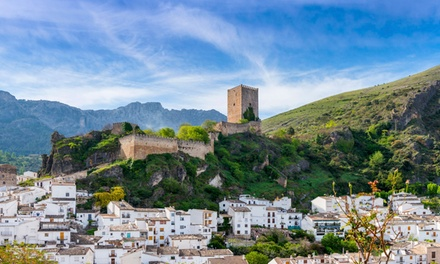 Jaén: 2 noches para 2 con copa de bienvenida y tapas típicas en Hotel Posada Del Cordobes Cazorla