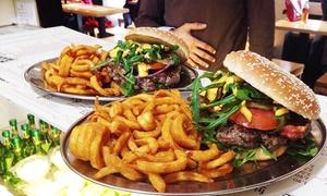 RosenBurger: 130 g Black-Angus-Burger mit Pommes und Getränk für 2 oder 4 Personen bei RosenBurger (bis zu 22% sparen*)