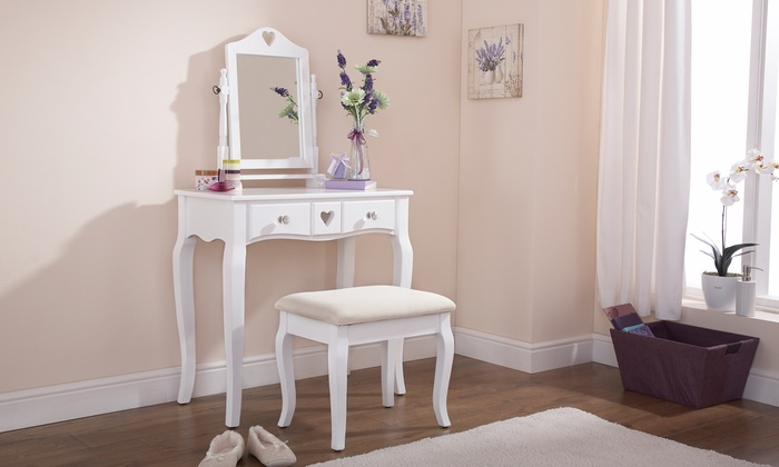 Heart-Detailed Dressing Table and Stool Set