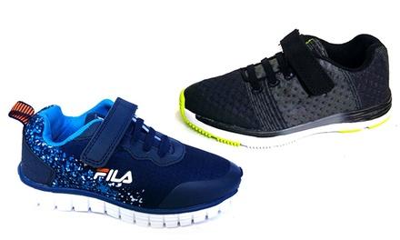 נעלי ספורט אופנתיות לילדים מבית המותג FILA במבחר דגמים ומידות