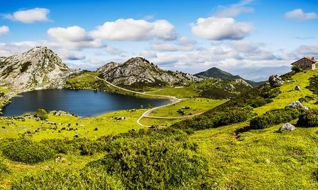 Asturias: 2, 4 o 7 noches en hotel o apartamento para 2 personas