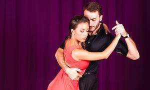 Associazione G Tango: 8 o 16 lezioni di tango per 2 persone (sconto fino a 92%)