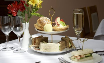 image for Afternoon Tea and a Glass of Prosecco for Two or Four at Kingscliff Hotel (Up to 49% Off)