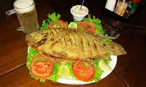 Meu Bar: Meu Bar – Taguatinga: tilápia frita + vinagrete e farofa + 4 Chopps Brahma para 2 pessoas