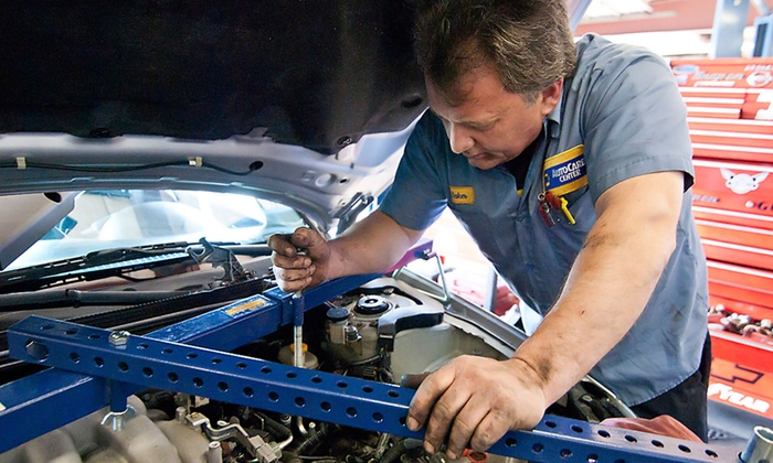 Beamer Tire & Auto Repair - High Point: $17for an Oil Change and Tire Rotation at Beamer Tire and Auto Repair ($40 Value)