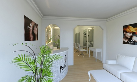 Limpieza facial y masaje relajante de 25 o 45 minutos desde 24,95 € en Parlair Hairdressers And Beauty Shop