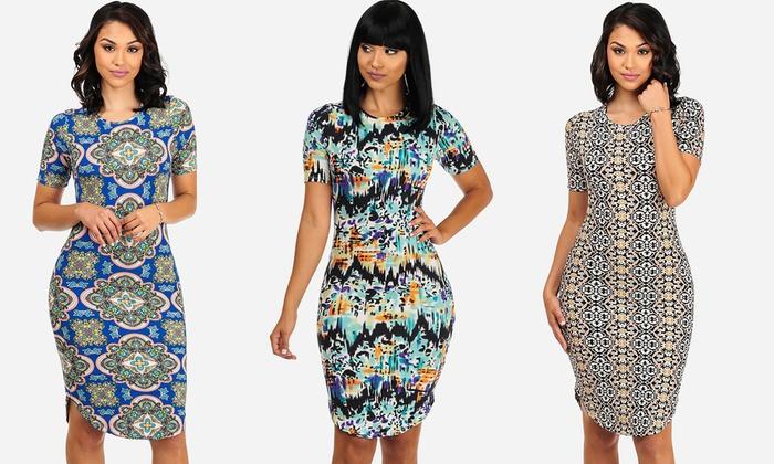 Juniors' Short-Sleeve Printed Curved Hem Dresses