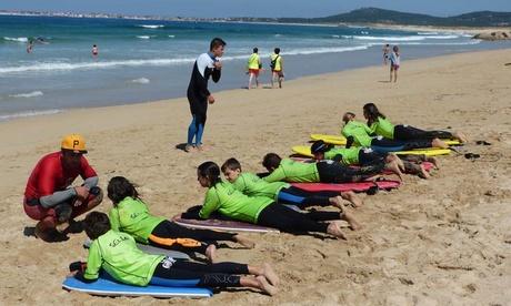 Bautismo de surf o bodyboard para dos o cuatro desde 19,95 € en Grip Surf School Galicia