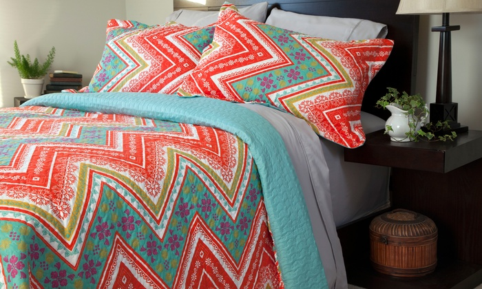 3-Piece Printed Quilt Sets: 3-Piece Printed Quilt Sets for $29.99–$39.99