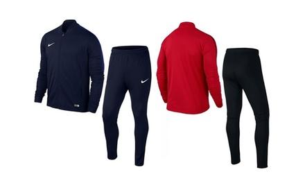 Survêtement Nike Knit Academy 16, coloris et taille au choix à 49,90€ (33% de réduction)