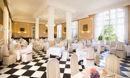 Almuerzo o cena con circuito termal de 90 minutos para 2 desde 49,90 € en Restaurante Balneario Palacio de las Salinas