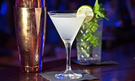 Cocktail nach Wahl inkl. Nachos mit Dip für 2 oder 4 Personen bei Watergate Cafe I Bar I Restaurant (bis zu 49% sparen*)