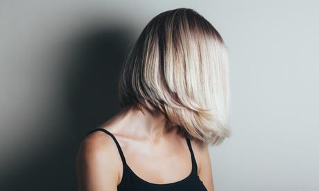 Sesión de peluquería con tinte y/o mechas desde 14,99 € en Di Vane Estilistas