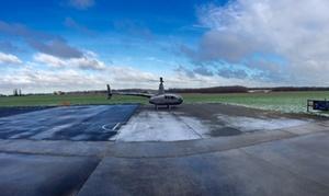 Best in Sky: Baptême de l'air de 18 minutes en hélicoptère pour 1 à 3 personnes avec un DVD du vol à 259 € avec Best in Sky