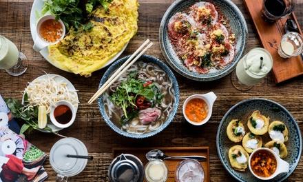 Menu vietnamita e calice di vino a 39,99euro