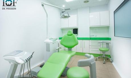 Limpieza bucal y 1 o 2 sesiones de blanqueamiento led en Centro Dental Dr Frasson (hasta 84% de descuento)