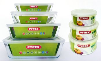 Pyrex Glass Container Set