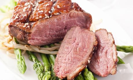Menú degustación asiático para 2 o 4 con pato laqueado, postre y bebida desde 24,95 € en Lounge Yi
