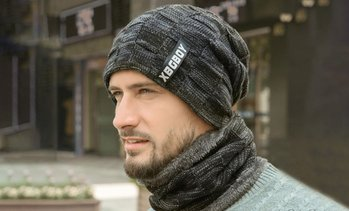 Men's Knitted Beanie with Scarf