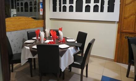 Menú indio para 2 o 4 personas con entrante, principal, postre y bebida desde 19,99 € en Taj Mahal Restaurant