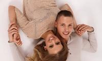 90 Min. Fotoshooting inkl. Make-up und 4 Bilder für bis zu 5 Personen im Fotostudio Pic First (bis zu 92% sparen*)