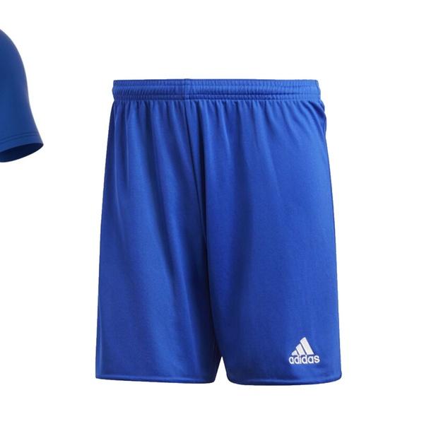 Ensemble sportif de la marque Adidas