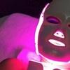 Higiene facial con máscara led