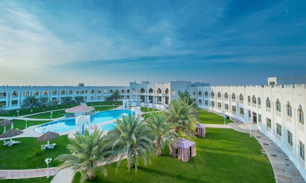 Abu Dhabi: 1 For Two With Breakfast and Welcome Beverage; or 1 or 2 Nights Plus Lunch or Dinner at Liwa Hotel
