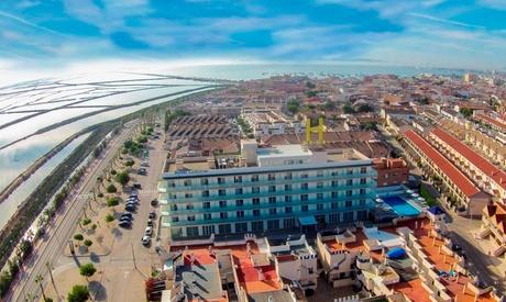 San Pedro del Pinatar: 1, 2 o 3 noches en habitación doble para 2 con opción a vistas al mar y spa en Hotel Lodomar 4*