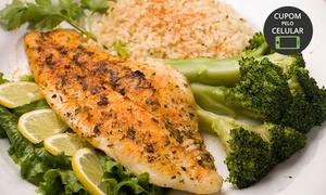 Esposend: Esposend – Centro: porção de sardinha ou tilápia frita com acompanhamentos para 2 pessoas