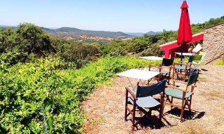 Sierra de Aracena: hasta 3 noches para 2 con opción a desayuno, detalle, 2 entradas y 1 cena en La Era de Aracena