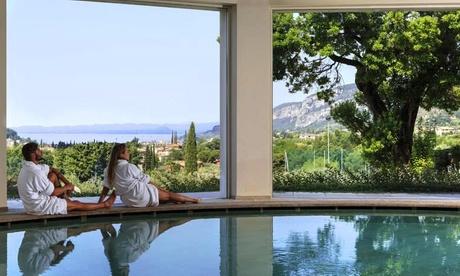 Lago di Garda: soggiorno in appartamento per 2 persone con colazione o mezza pensione e Spa al Poiano