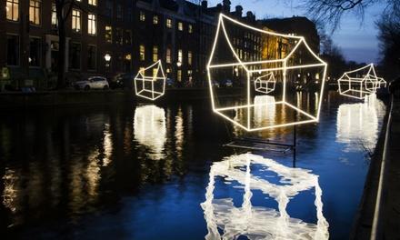 Amsterdam Light Festivaltour incl. onbeperkt warme chocolademelk of glühwein bij Rederij Vlaun