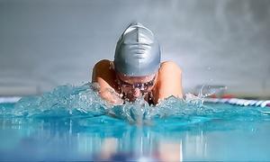 Parco dei Pini: Fino a 24 ingressi con nuoto libero per una o 2 persone al circolo sportivo Parco dei Pini (sconto fino a 82%)