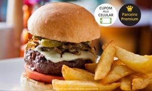 12 Burguer & Bistro: 12 Burguer & Bistro - Pinheiros: hambúrguer + batata frita para 1 ou 2 pessoas