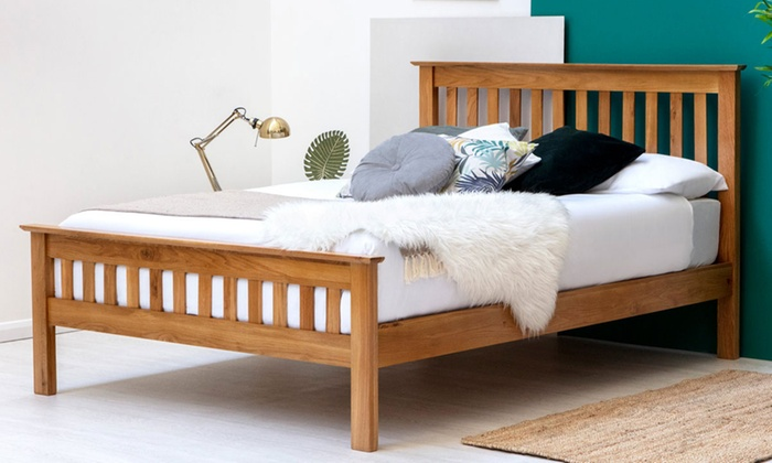Chelford Oak Shaker-Style Wooden Bed Frame with Optional 9'' Deep Sprung Mattress