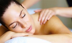 Vea Corporal: Desde $109 por 1 o 2 sesiones de masajes descontracturantes o relajantes con exfoliación en Vea Corporal