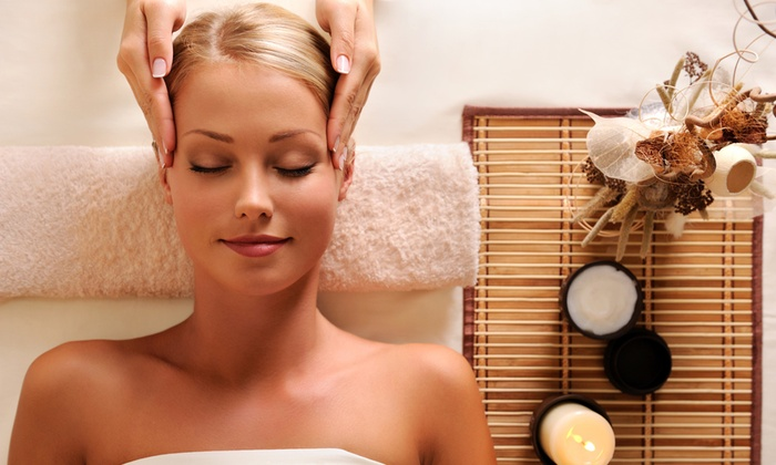 The Spa Room - The Spa Room: Up to 65% Off Microdermabrasion or Dermaplane at The Spa Room
