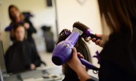 Carly's Hair & Beauty Salon