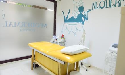 1 o 3 sesiones de limpieza con peeling químico suave y vitaminas en Neodermal (hasta 93% de descuento)