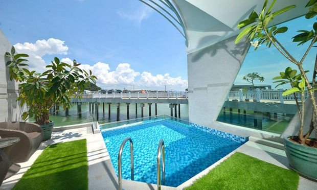 Port Dickson: 5* Water Chalet 3
