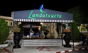 Landatxueta: Menú degustación premium para 2 o 4 con aperitivo, 4 platos, postre y bebida desde 59,90 € en Landatxueta