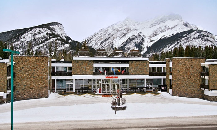 Banff Voyager Inn - Banff, Alberta: Stay at Banff Voyager Inn in Banff, Alberta; Dates Available into March. Up to Two Kids 16 or Younger Stay Free.