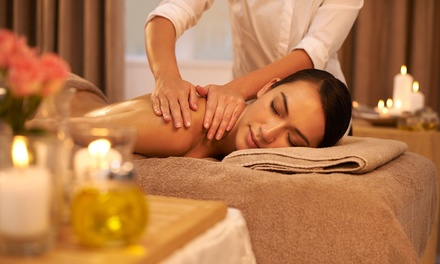 Aromatherapy Massage $55 + 15Min Reflexology $65, or Reflexology, Sauna & Refreshments Pkg $105 at Siwalee Healthy Land