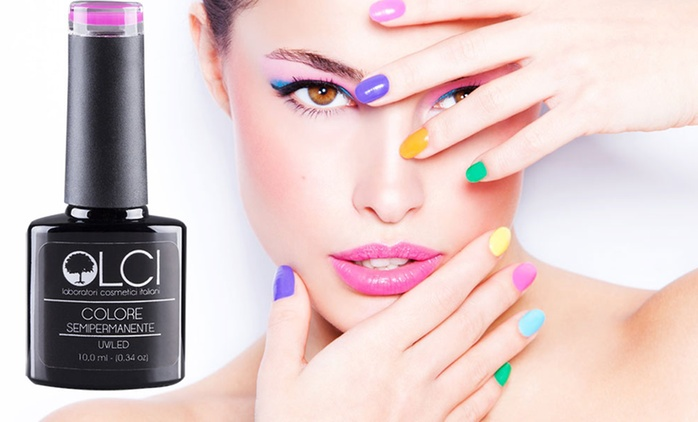 Fino a 24 smalti semipermanenti LCI, base e top coat da 40,99 €