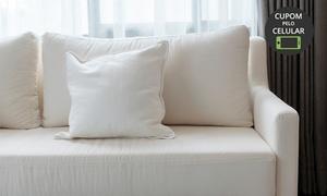 Black and White: Limpeza + higienização de sofá até 5 lugares fixo, retrátil ou chaise (opção de impermeabilização) com Black and White