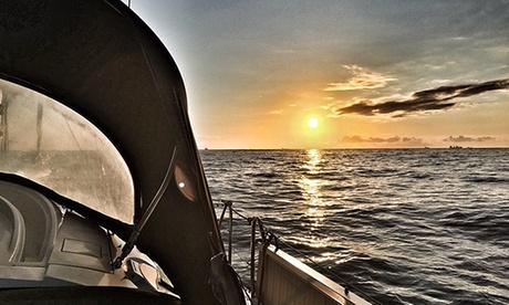Bautismo de navegación o paseo en yate de lujo para hasta 10 personas desde 169 € con Rent Yacht World