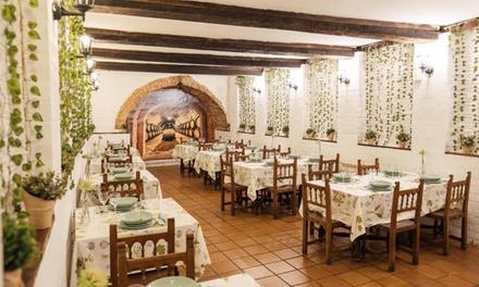 Menú degustación con entrantes, lechazo para dos, postre y bebidas en Restaurante Ushoa (con 36% de descuento)