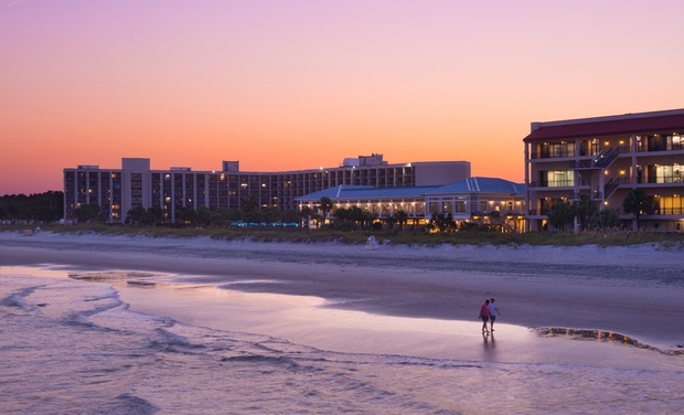DoubleTree Resort by Hilton Myrtle Beach Oceanfront - Myrtle Beach, SC: Stay at DoubleTree Resort by Hilton Myrtle Beach Oceanfront. Kids 17 or Younger Stay Free. Dates into April.