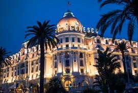 Le Chantecler - Hôtel Negresco: Initiation à l'œnologie de 2h pour 2 ou 4 dès 59 € au restaurant 2 Etoiles Le Chantecler - Hôtel Negresco
